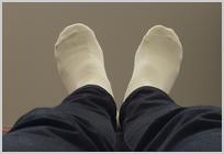 足の向き①